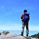 休日になると、1000m以上の山を登ります…
